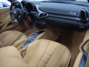 458 Spider Interior