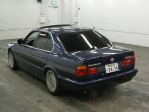 BMW Alpina B10 in car auction in Japan - rear