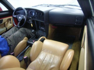 Alfa Romeo SZ (Zagato) ES30 at a Japan car auction - interior