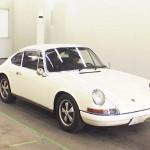 1972 Porsche 911 at auction -- front