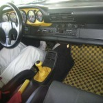 911 Speedster at auction in Japan -- Interior