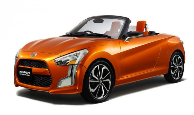 Daihatsu Kopen concept car in orange - Tokyo Motor Show 2013