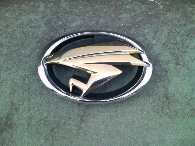 JDM Toyota Harrier badge