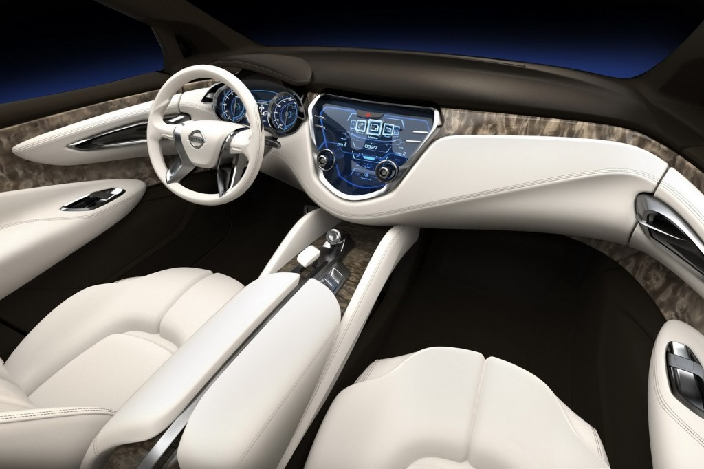 Nissan Resonance Interior Design