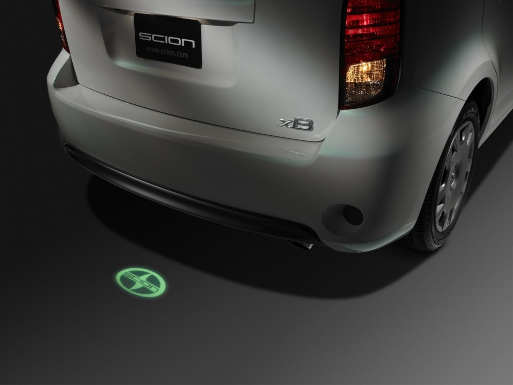 Scion xB RS Rear Projection