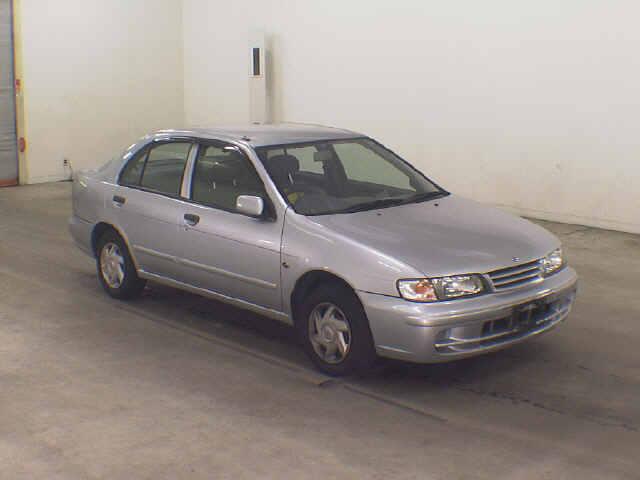 1999 Nissan Pulsar Front