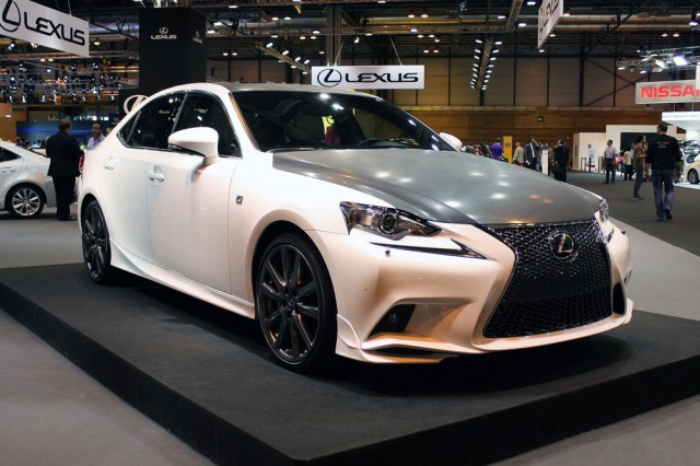 Lexus IS F-Sport 25th Anniversary