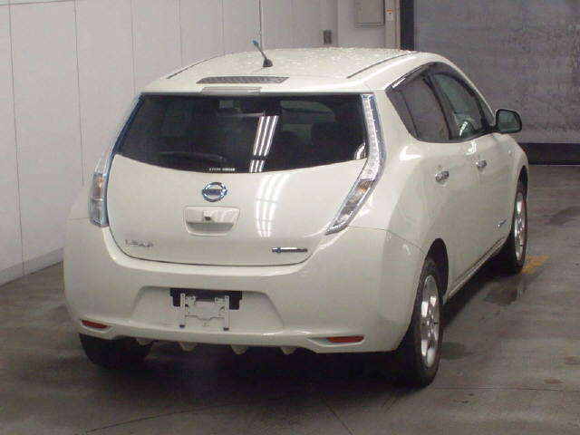 2012 Nissan Leaf rear