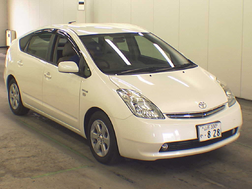 japanese car auction find 2008 toyota prius s 10th. Black Bedroom Furniture Sets. Home Design Ideas
