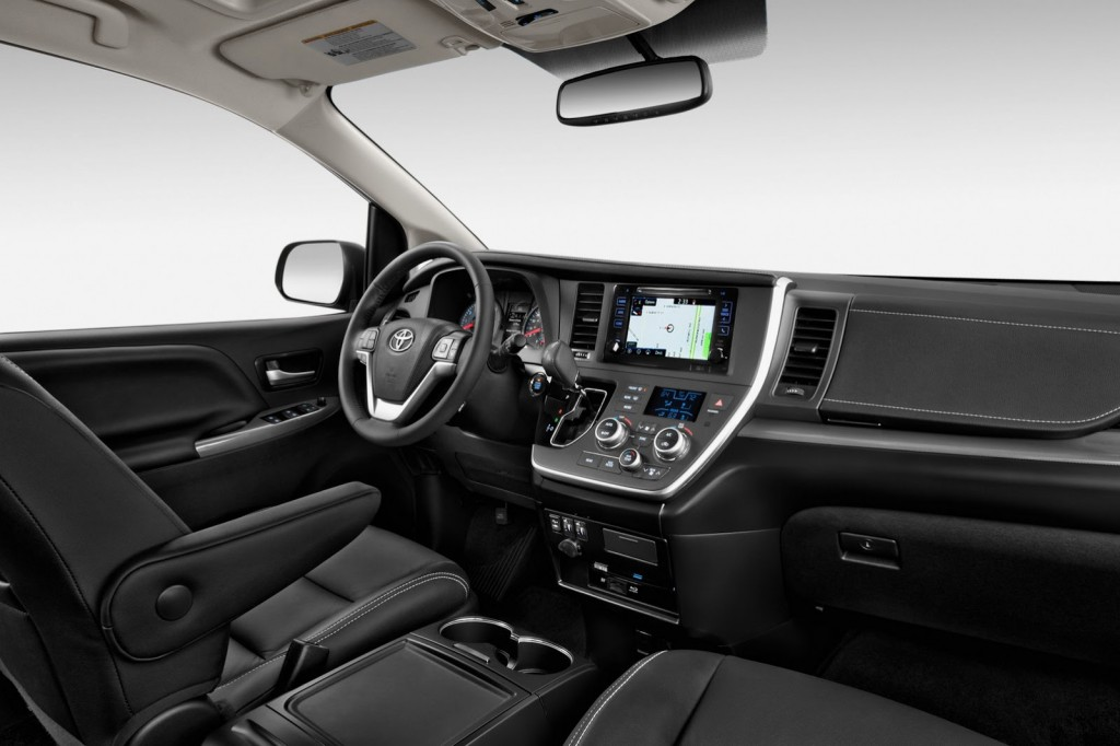 2015 Toyota Sienna black leather interior