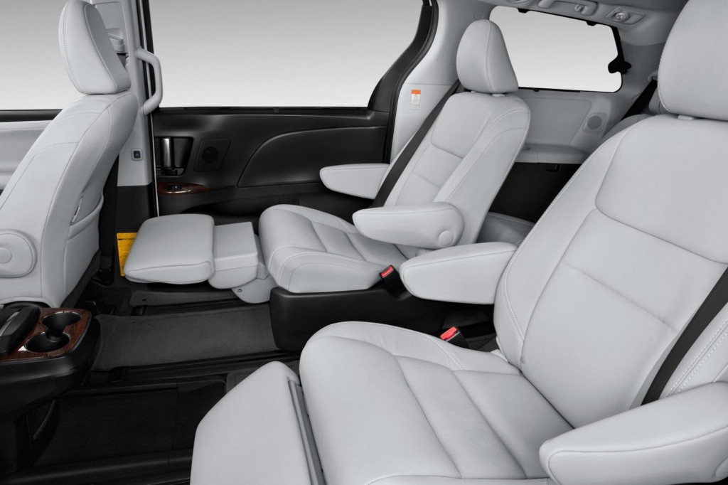 2015 Toyota Sienna white leather interior