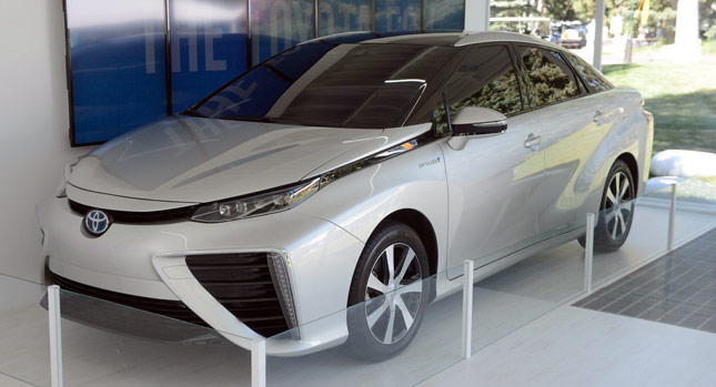 US-spec Toyota FCV Production Version