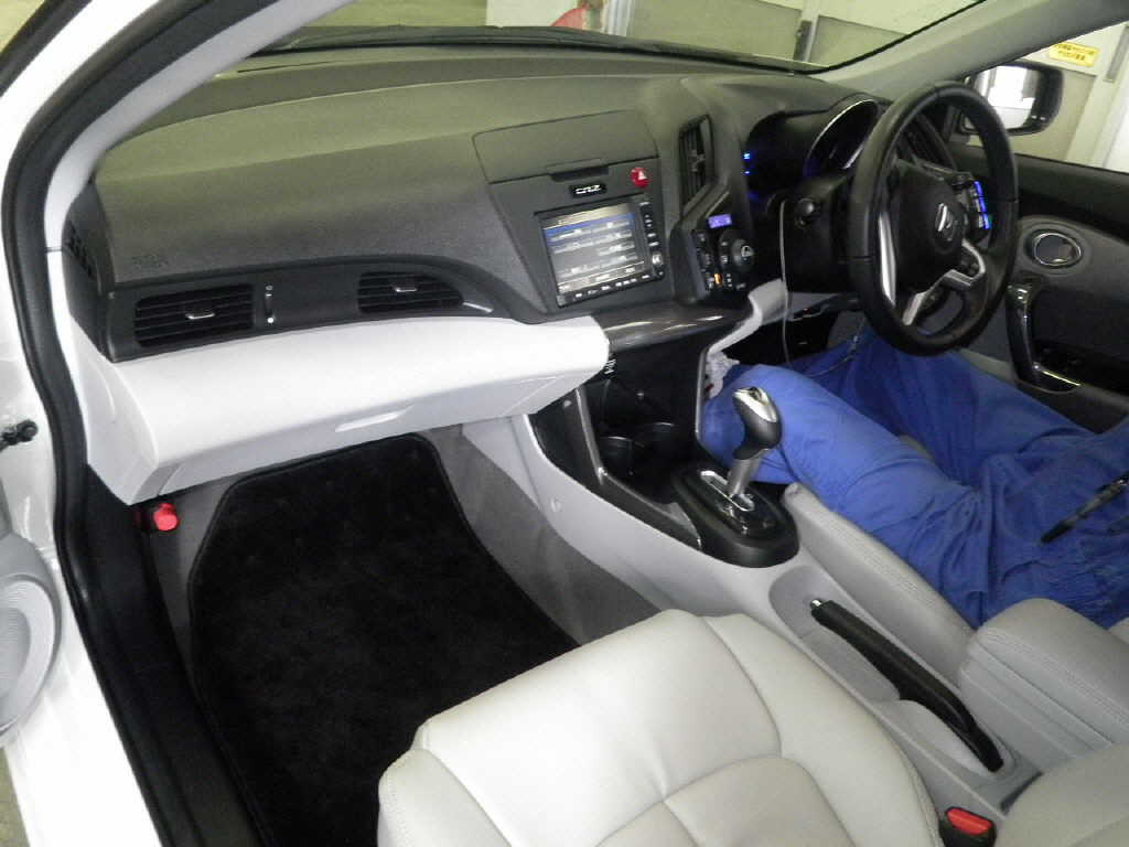 2010 Honda CR-Z interior
