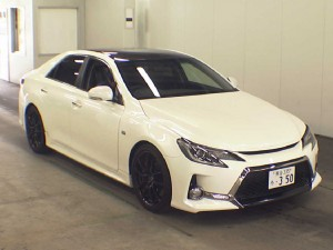 2013 Toyota Mark X 350S GS front
