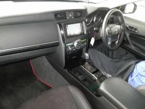 2013 Toyota Mark X 350S GS interior