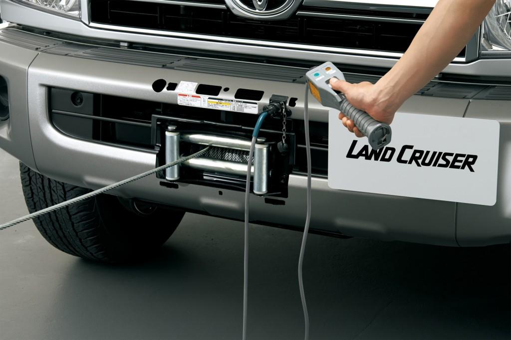 2015 Toyota Land Cruiser 70 optional winch