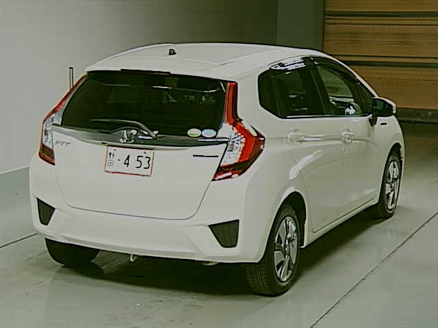 2013 Honda Fit Hybrid rear