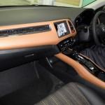 2015 Honda Vezel interior