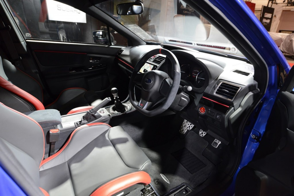 Subaru Levorg S Concept interior