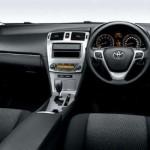 2012 Toyota Avensis interior