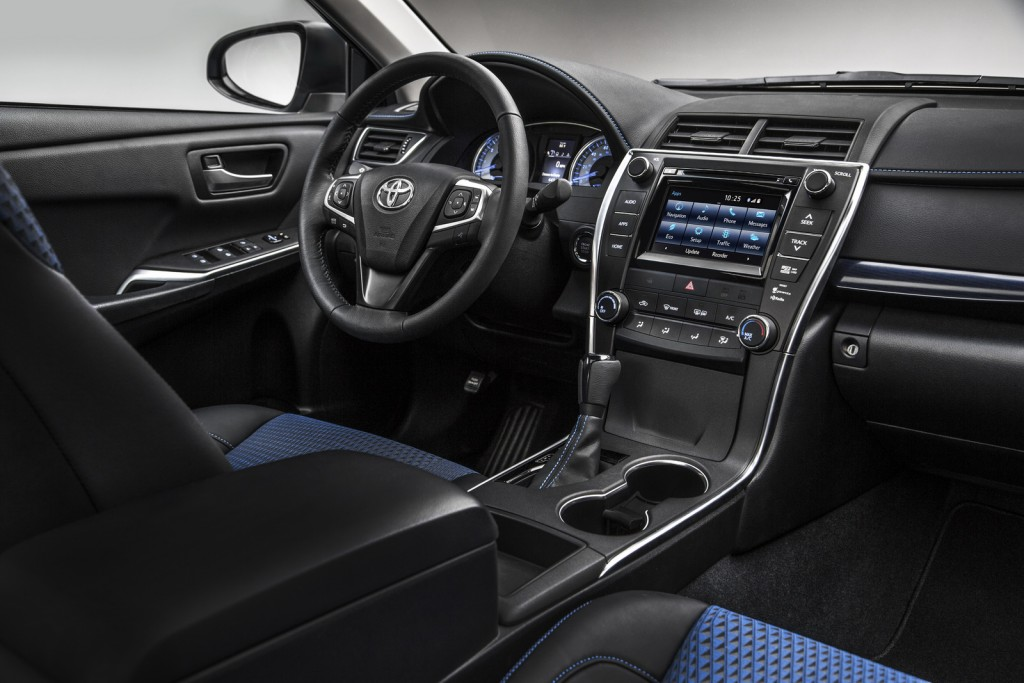 2016 Toyota Camry Special Edition interior