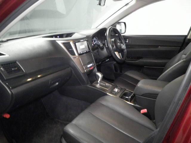 2011 Subaru Outback interior