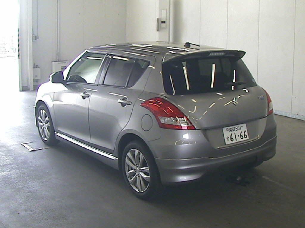 2014 Suzuki Swift RS rear