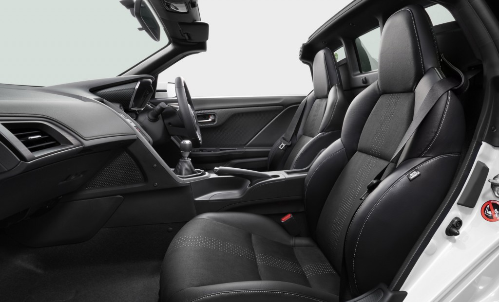 2015 Honda S660 interior