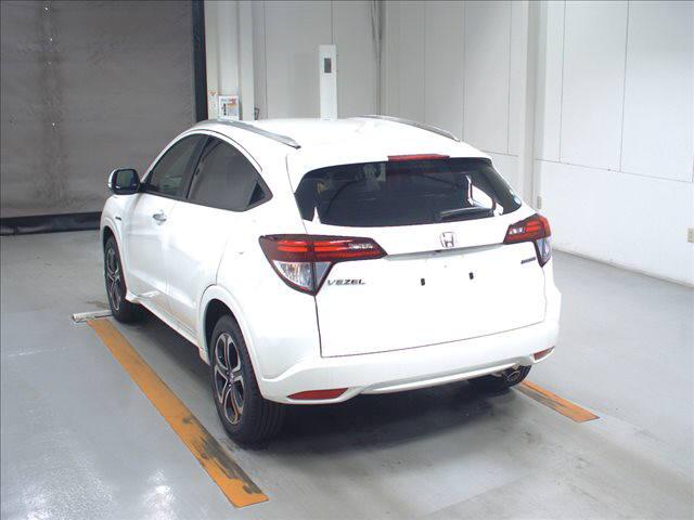 2015 Honda Vezel HybridZ rear