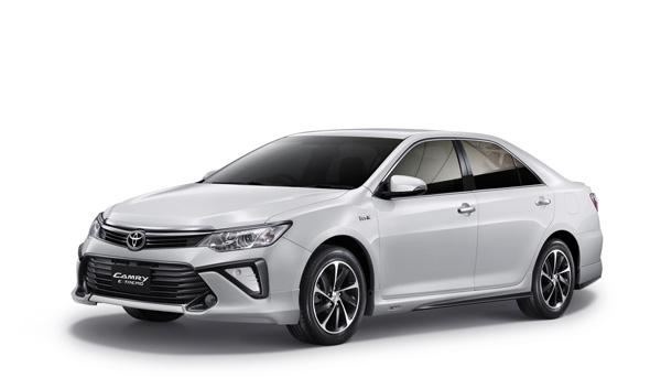 2016 Toyota Camry Extremo