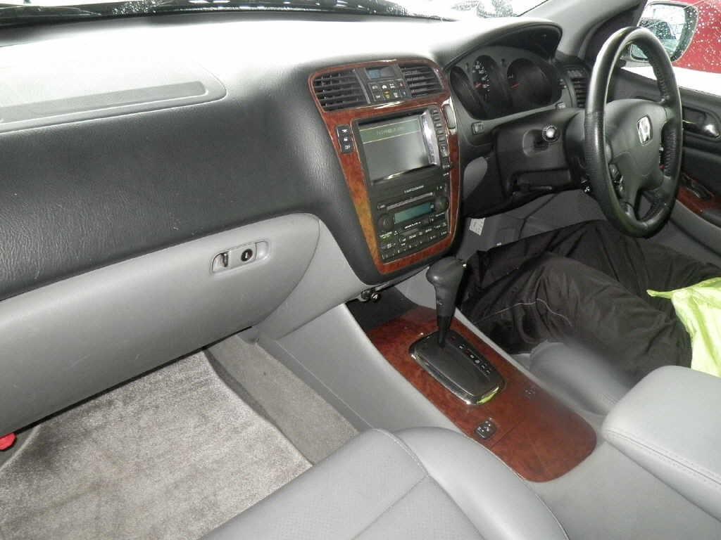 2003 Honda MDX interior