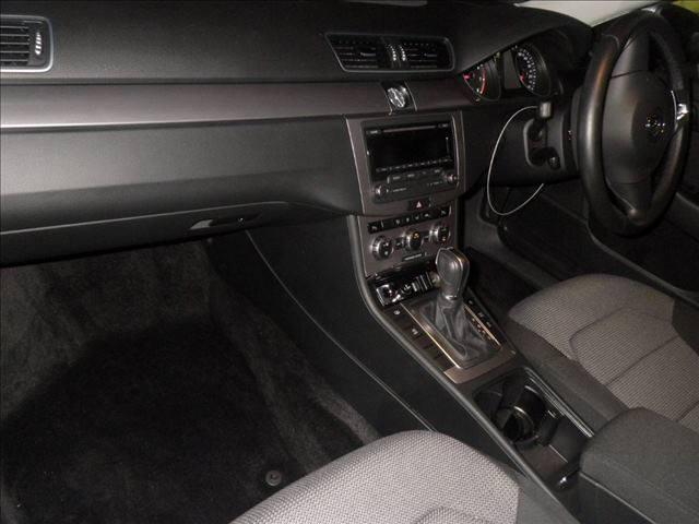 2014 Volkswagen Passat interior