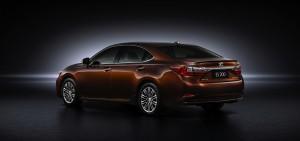 2016 Lexus ES 200 rear