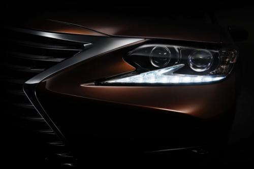 2016 Lexus ES Auto Shanghai teaser