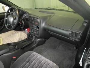 2002 Chevrolet Camaro interior