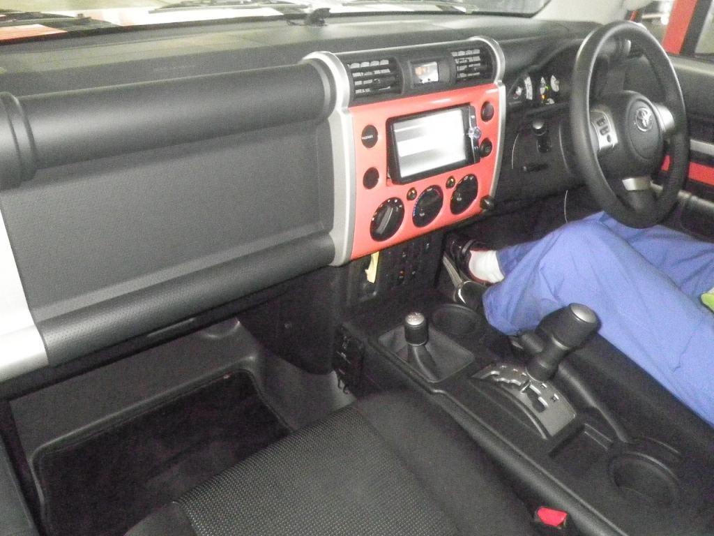 2013 Toyota FJ Cruiser interior