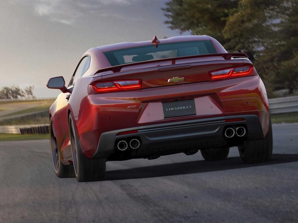 2016 Chevrolet Camaro rear