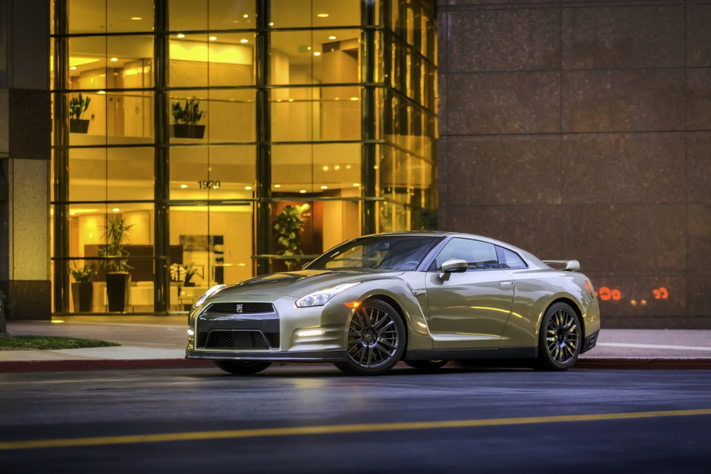 2016 Nissan GT-R 45th Anniversary Edition 2