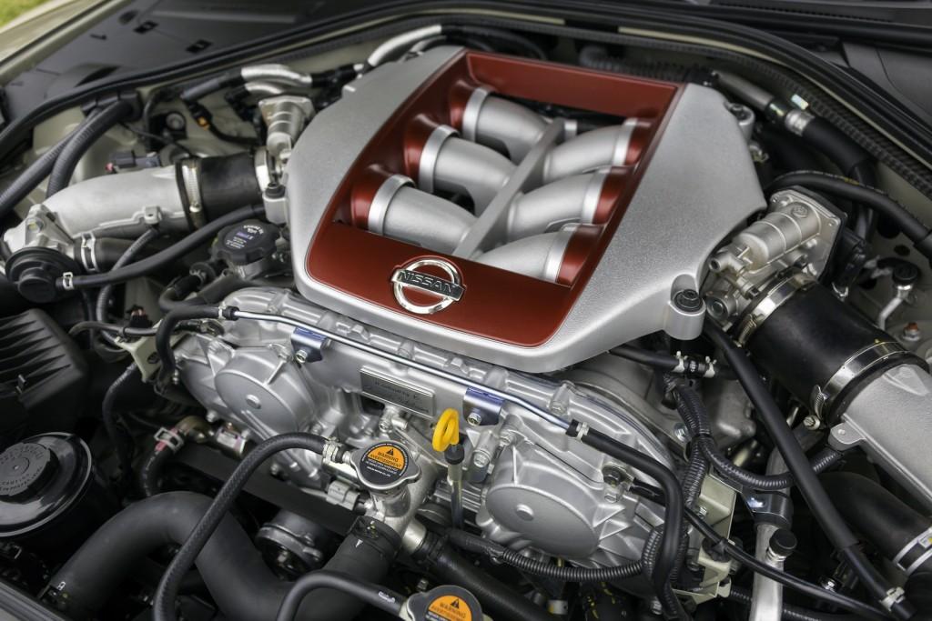 2016 Nissan GT-R 45th Anniversary Edition 5