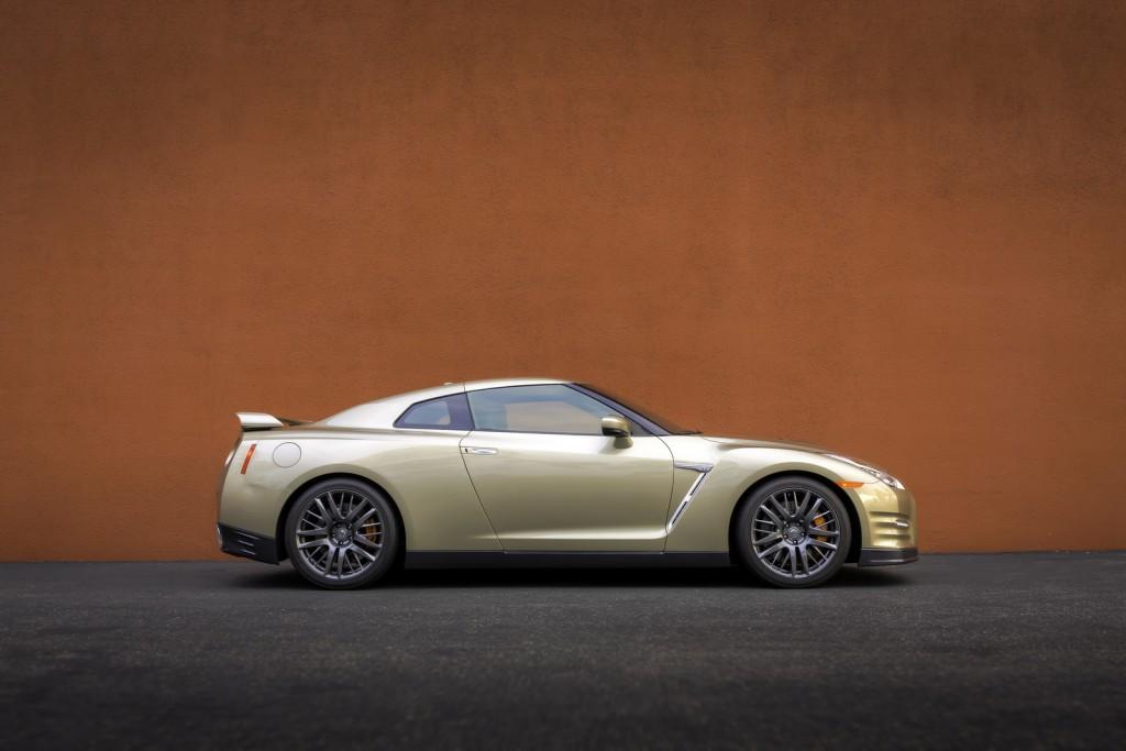 2016 Nissan GT-R 45th Anniversary Edition 6