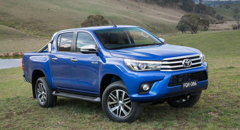 2016 Toyota Hilux blue
