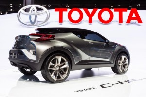 Toyota C-HR Racing Crossover