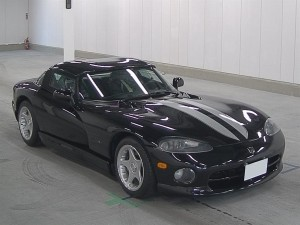 1996 Dodge Viper at auction in Japan - front