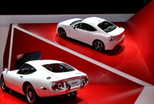 Toyota 2000GT with Toyota 86